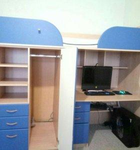 Кровать чердак со шкафом и столом + матрас