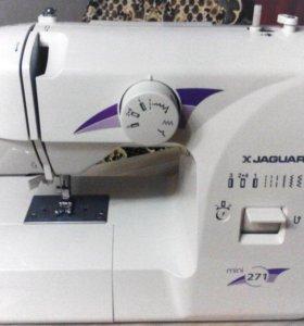 Швейная машинк