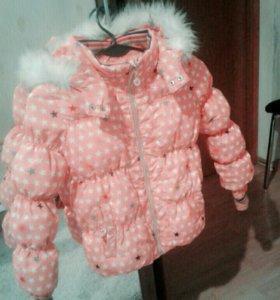 Куртка (пуховик) на девочку