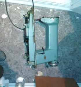 Швейная машинка (на запчасти)