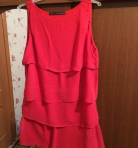 Платье фирмы Zara