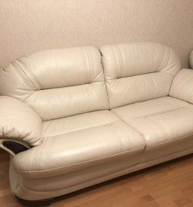 Кожаный раскладной диван Britannica