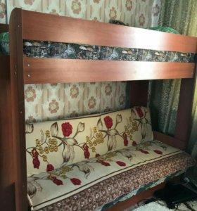 Продам двухярусную кровать ,