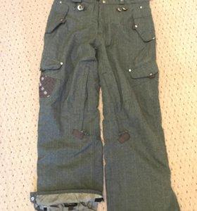 Сноубордические штаны 686