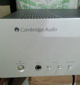 Ресивер Cambridge Audio azur 540R.