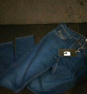 Мужские новые джинсы