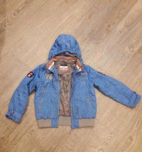 Детская куртка на мальчика 3 -5 лет