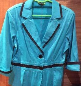 Женские костюмы и пиджаки в Нижнем Новгороде - купить брючный ... bcb53f1c982