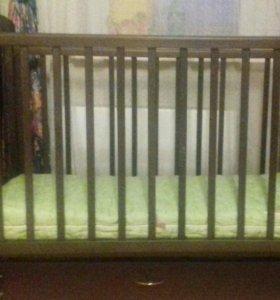 Детская кроватка (маятник )