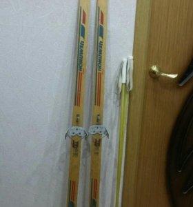 Лыжи детские с креплениями и палками