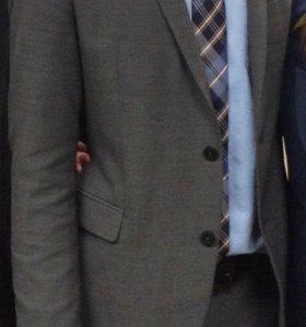 Модный мужской костюм Zara