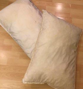 Две подушки б/у