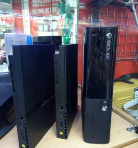 Игровые консоли Xbox 360 и PS-2