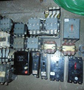 Пускатели, автоматы,трансформаторы.