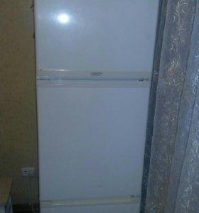 СРОЧНО!!! Холодильник Стинол!