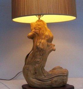 Светильник ручной работы из дерева