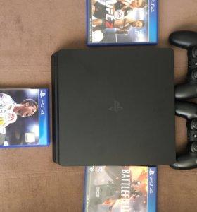 Продам Sony PlayStation 4 Обмен на ноутбук!!!