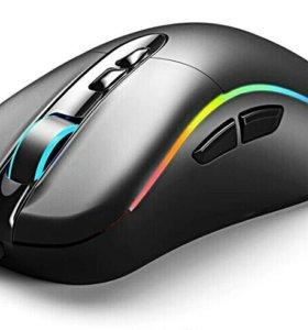 Мышь игровая, лазерная.
