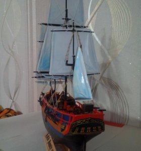 Макет корабля БАУНТИ
