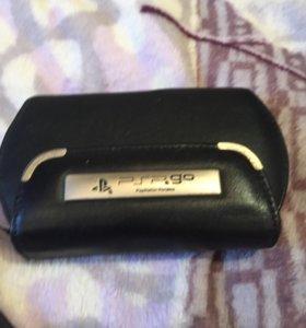 PSP GO +чехол +CDкарта с играми.