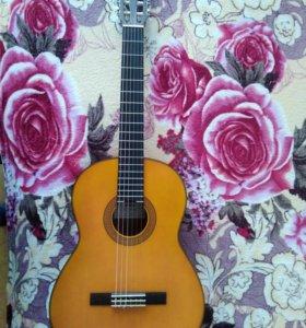 Классическая гитара YAMAHA CG122MS + чехол.