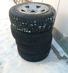 Шипованные колёса на 15