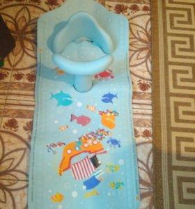Стульчик с ковриком для купание Mothercare