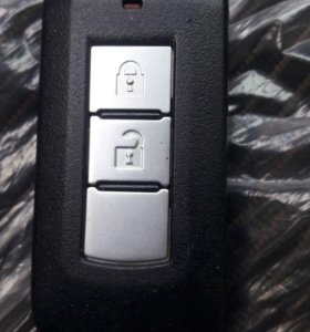 Ключ Mitsubishi Outlander