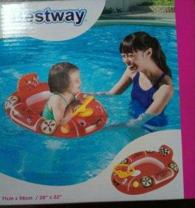 Лодка с рулем Bestway