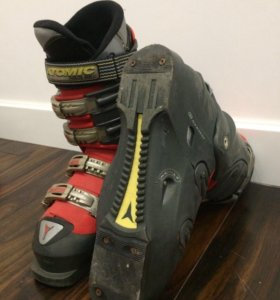 Ботинки горнолыжные Atomic ultimate shell с чехлом