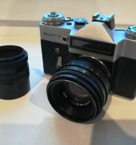 Зеркальный фотоаппарат Зенит-Е