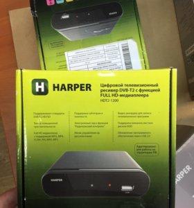 Цифровой телевизионный ресивер DVB-T2 HDT2-1200