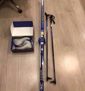 Лыжи палки ботинки новый комплект!