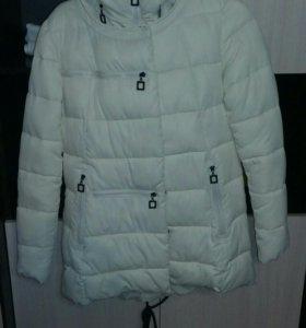Куртка зимняя 48р.в отличном состоянии.