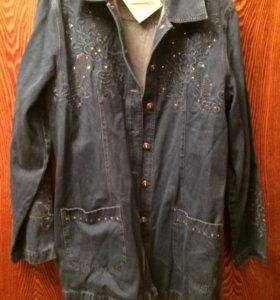 Джинсовый пиджак удлиненный