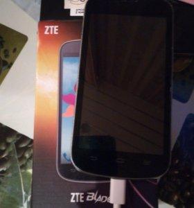 Телефон ZTE Blade 2