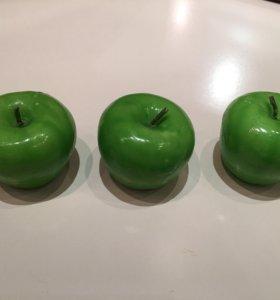 Свечи зеленые яблочки