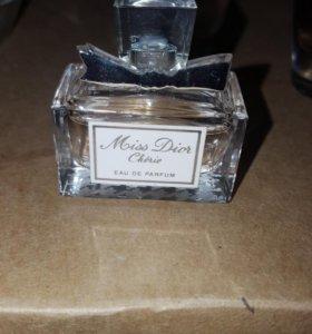 Miss dior cherie. Eau de parfum 5ml