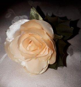 """Брошь """" Чайная роза"""""""