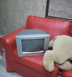 Телевизор с DvD