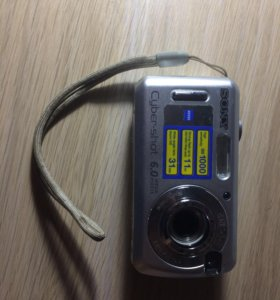Фотоаппарат Sony Zeiss