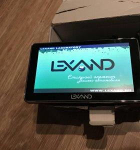 Lexand ST-610 HD навигатор