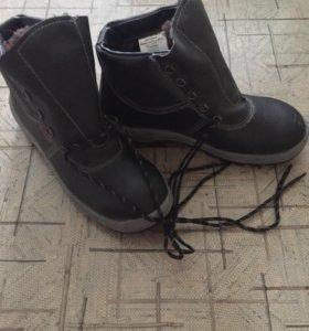 Новые ботинки зима 43