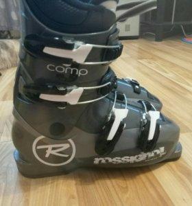 Продам горнолыжные ботинки Rossignol comp J
