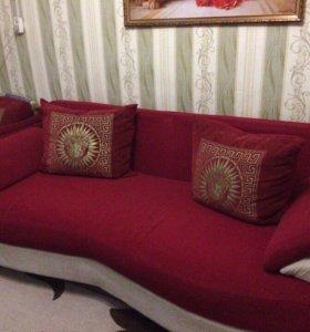 Продаётся диван , в хорошем состоянии. Торг !