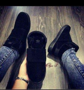 Новые женские зимние кроссовки, на 36 размер