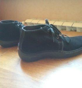 Ботинки/кроссовки Crocs 13 размер (46-47), новые