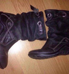 Сапожки,ботинки экко 28и туфельки..кроссы и проч
