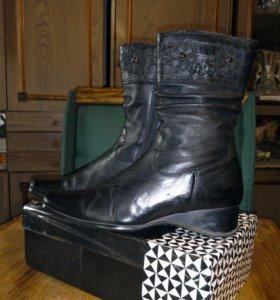 Кожаные ботинки 36 р. без каблука
