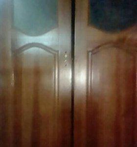 Дверь в зал